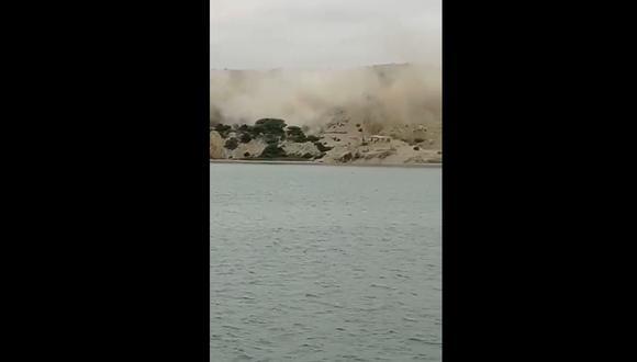 Una nube de arena se expandió por la playa de Colán en Piura, tras el sismo de 6,1 de magnitud. (Foto: Captura Twitter)