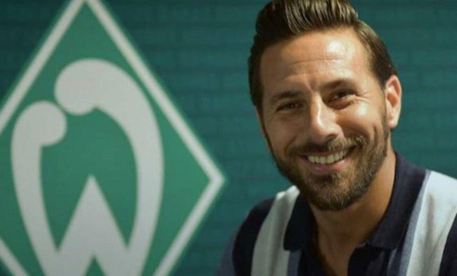 Claudio Pizarro jugará una temporada más con el Werder Bremen. (Foto: Werder Bremen)