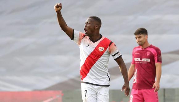 Luis Advíncula se refirió a la selección peruana y sus integrantes. (Foto: EFE)