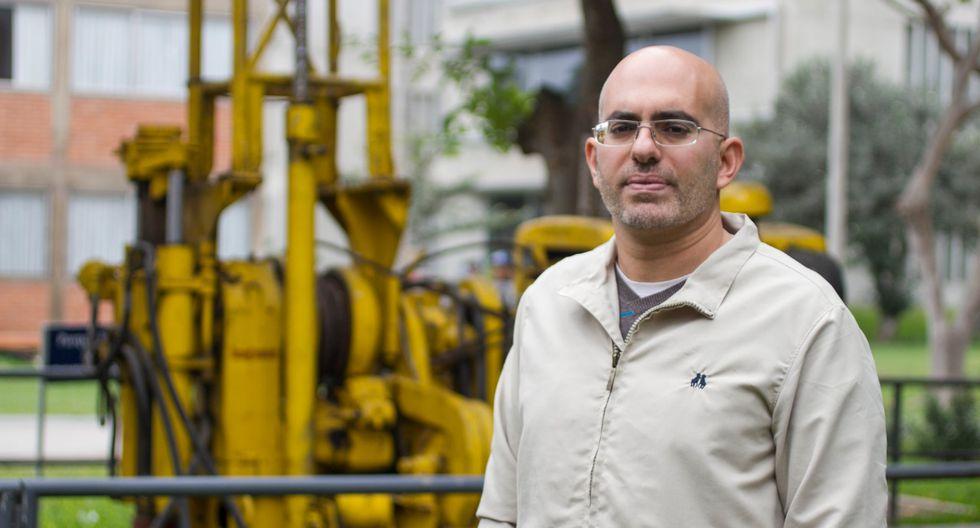 Ramzy Kahhat, Profesor Principal, Pontificia Universidad Católica del Perú.