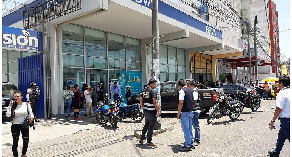 La Libertad: Policía frustra a balazos asalto a un banco en Trujillo