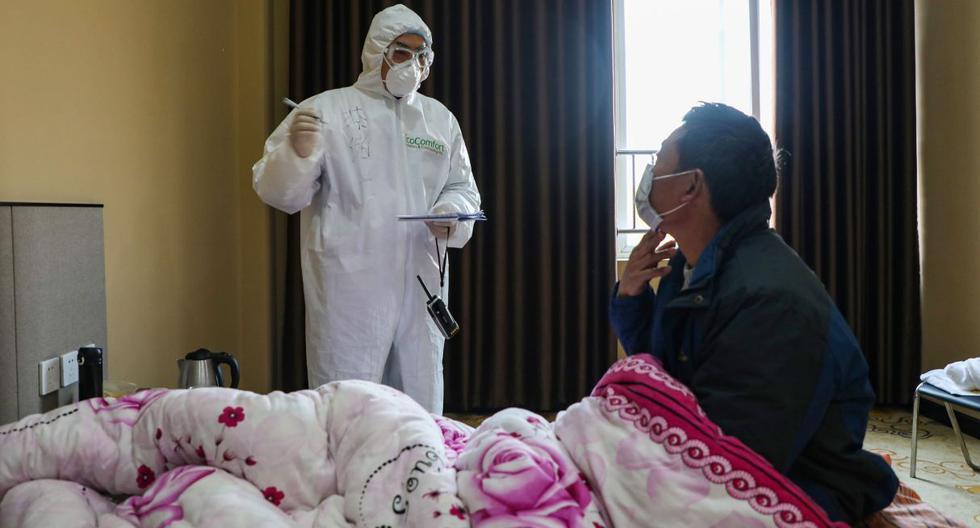 Hasta la fecha, todos los decesos por el coronavirus de Wuhan menos dos -en Filipinas y Hong Kong- se han producido en la China continental. (AFP)