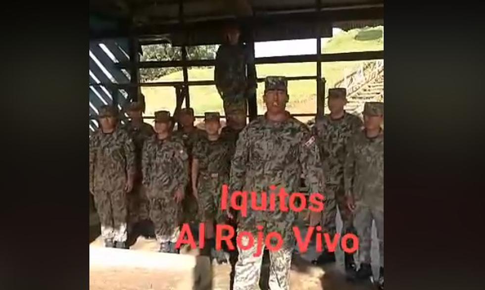 Soldados juegan broma a oficial