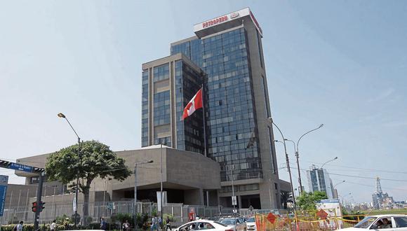 ¿Botín?  Tras el despido de 17 los directivos ahora se teme un copamiento de Perú Libre.