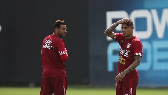 Claudio Pizarro y Paolo Guerrero jugaron juntos en la selección peruana y Bayern Munich, en Alemania. (Foto: GEC)