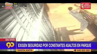 Santa Anita: delincuentes roban a vecinos en un parque y se llevan hasta las bancas