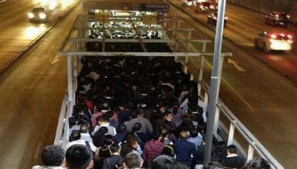 Aseguran que aglomeraciones en estaciones del Metropolitano no se repetirán. (Andina)