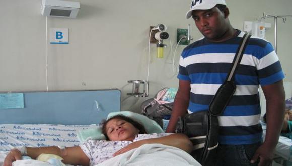 INDIGNADOS. Padres continuarán proceso contra responsables. (Lourdes Fernández)