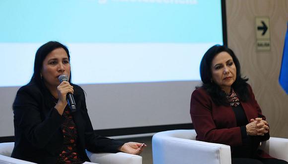 Flor Pablo y Gloria Montenegro fueron ministras de Educación y de la Mujer respectivamente. (Foto: Andina)