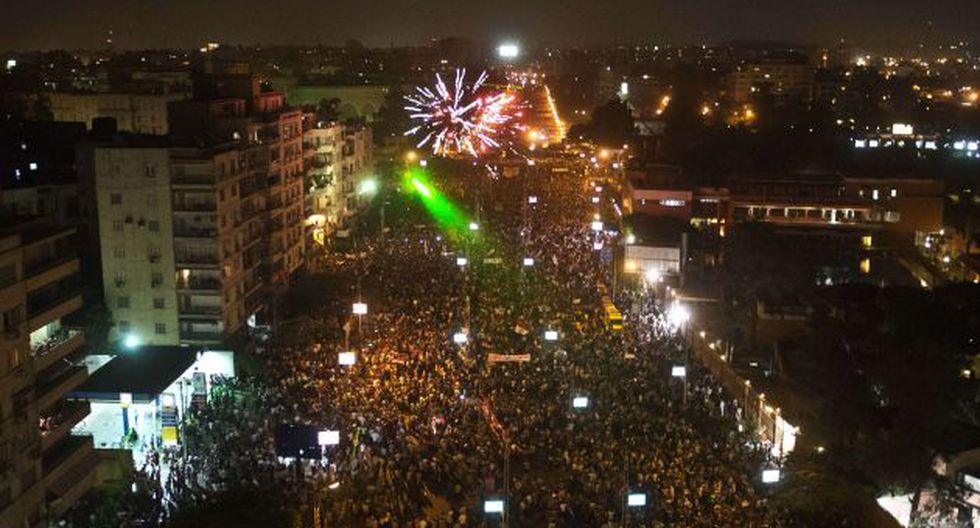 INDIGNADOS. Rechazan a presidente que lleva un año en el poder. (AFP)