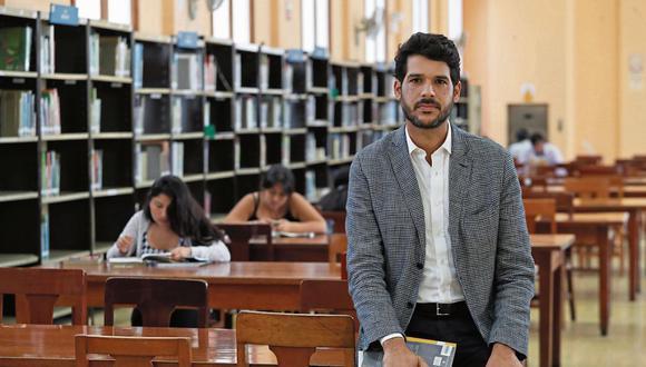 Ezio Neyra: Rumbo a los 200 años de la Biblioteca Nacional   FOTO: ROLLY REYNA / EL COMERCIO PERU