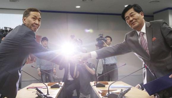 Autoridades de ambos países firmaron acuerdo final. (Reuters)
