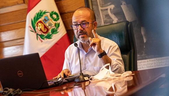Víctor Zamora aseguró compras observadas por la Contraloría respetaron la ley. (Foto: Difusión)