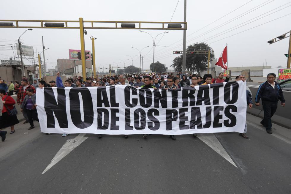En Puente Piedra se realiza la tercera marcha en rechazo al cobro de peajes. (Fotos: Anthony Niño De Guzmán)