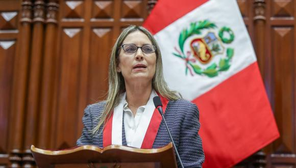 María del Carmen Alva recibió el respaldo de la mayoría de las bancadas parlamentarias. (@photo.gec)