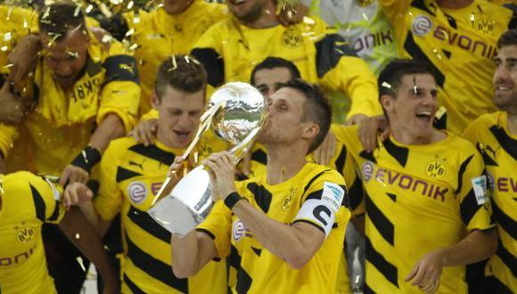 Borussia conquistó la Supercopa por segundo año consecutivo. (Reuters)