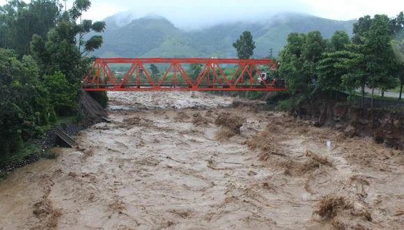 Al menos 100 personas resultaron afectadas por desborde de río. (USI)