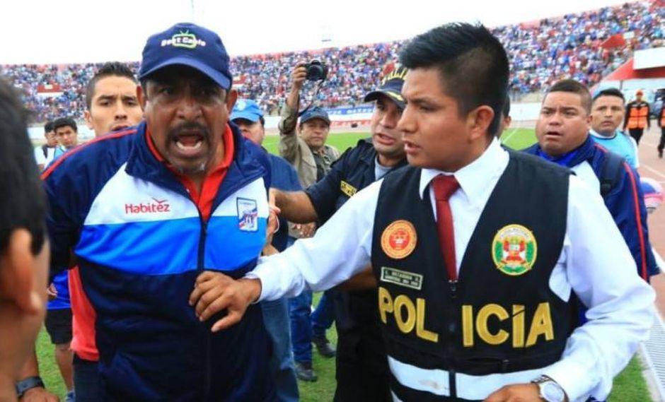 José Soto golpeó a un policía al terminar el partido entre Mannucci y Vallejo (Foto: GEC).