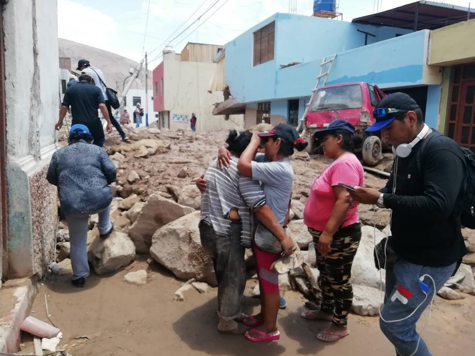 Arequipa: Confirman tres personas muertas tras caída de huaico en Aplao (Miguel Idme)