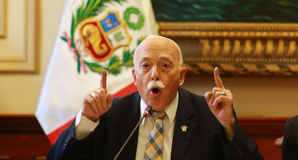 El congresista Carlos Tubino recordó que la priorización de las denuncias contra Becerril en la Subcomisión de Acusaciones se puede pedir en Junta de Portavoces. (Foto: GEC)