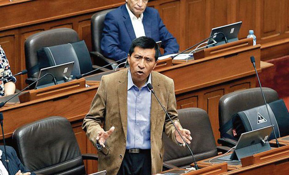 Mamani fue suspendido de sus funciones en el Congreso por un periodo de 120 días. (Perú21)