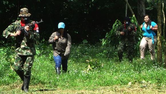 FALTAN ELLOS. Guerrilla del ELN podría seguir los pasos de las FARC. (AP)