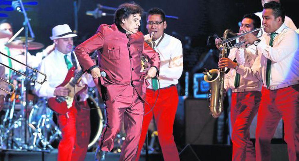 Juan Gabriel estuvo acompañado de un grupo de mariachis que interpretaron Contigo, Perú y Ojos azules. (USI)