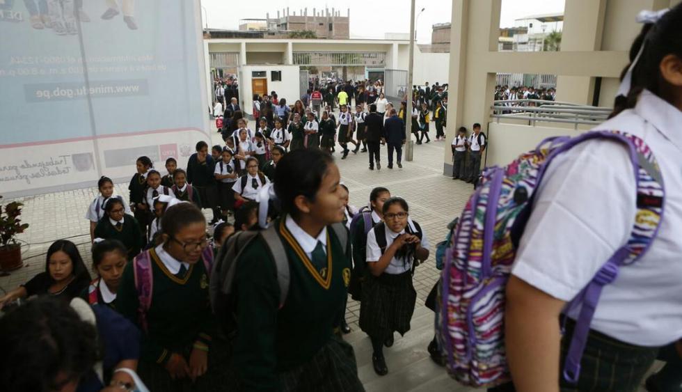 Matrícula en los colegios públicos es gratuita. (Foto: El Comercio)