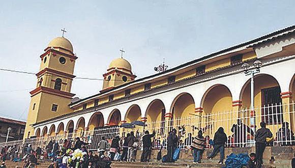 Piura: decenas de fieles llegaron al Santuario del Señor Cautivo de Ayabaca el último domingo. (Foto: GEC)