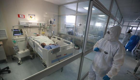 Arequipa: el 99% de personas que pasan por triaje COVID-19 del Honorio Delgado son hospitalizados (Foto: Lino Chipana/GEC)