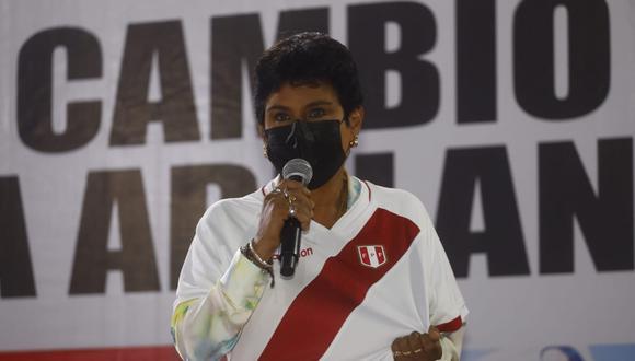 Norma Yarrow indicó que no dudaría en respaldar a Jorge Montoya en esta elección si se presentara con una lista multipartidaria. (Foto: GEC)