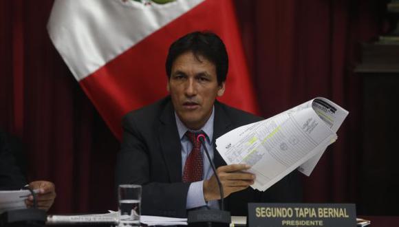 Segundo Tapia aseguró que la actual gestión está descuidando la atención pública. (Renzo Salazar)