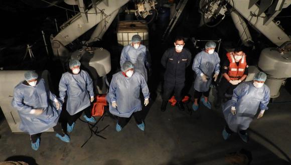 Los seis tripulantes de la embarcación 'Vilca I', rescatados por una patrullera de la Marina de Guerra, fueron llevados a un hospital de Ilo para su respectiva evaluación.