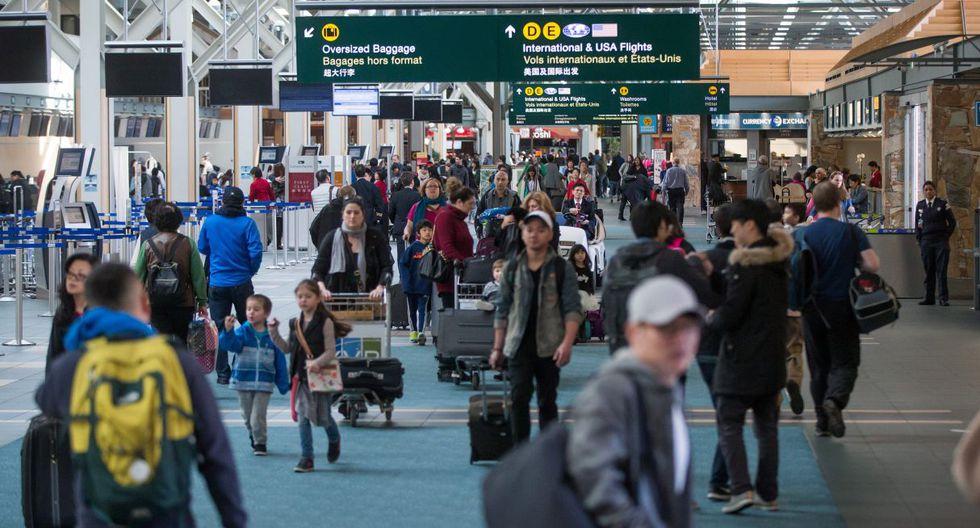 Autoridades de Canadá consideran que, tras consumir cannabis, el tiempo mínimo necesario para estar físicamente preparado para trabajar en aviones y torres de control es de 28 días. (Foto referencial: AP)