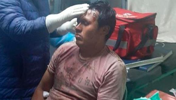 La Libertad: los heridos recibieron atención médico en el centro de salud de Angasmarca. (Foto: Captura de video)
