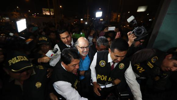 Tras su captura, Edwin Donayre fue trasladado a la sede de Requisitorias, en La Victoria. (Foto: Giancarlo Ávila / GEC)