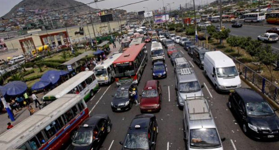 Un limeño promedio pierde entre 1 hora con 30 y 1 hora con 50 minutos atrapados en el tráfico. (Difusión)