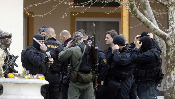 El autor de la masacre fue arrestado por la Policía local. (Reuters)