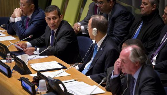 """""""MINERÍA NO ES MALA"""". Presidente afirma que algunos países financian a grupos radicales opositores. (AP)"""