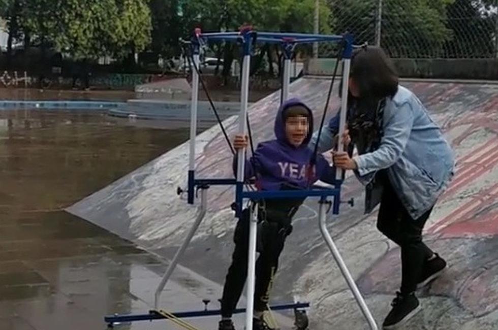 Laura Costa Patrón no paró hasta lograr que su pequeño cumpliera su más grande sueño. (Foto: captura Facebook)