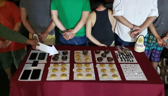 En el estado de Bolívar, en Venezuela, arrestaron a 6 personas que vendían galletas elaboradas con marihuana y las ofrecían por Instagram. (Foto: Twitter @GNB_CZBolivar)