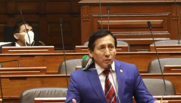 Carlos Almerí hizo explícita su intención de postular al Senado si se aprueba dictamen que restituye la bicameralidad. (photo.gec)
