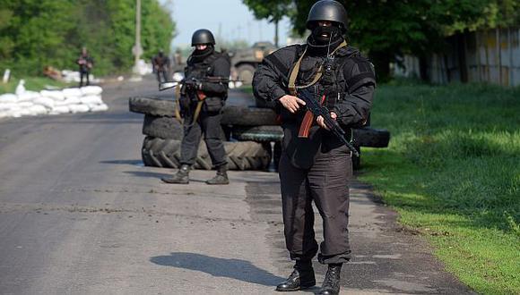 Ucrania sigue con ofensiva contra prorrusos en el este del país. (AFP)