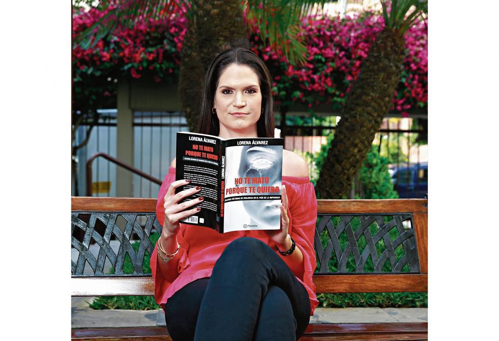 """""""Solo hay dos salas de familia. Un cuello de botella. En mi libro registré que en el Poder Judicial había unos 400 mil expedientes de violencia familiar"""", declara Lorena Álvarez (Allen Quintana/Perú21)."""