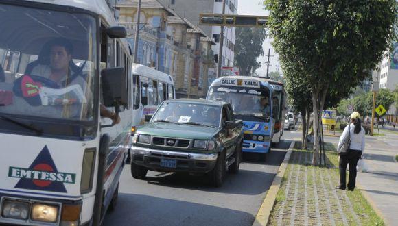 Cinco avenidas de Lima serán exclusivas para autos privado y taxis. (USI/Referencial)