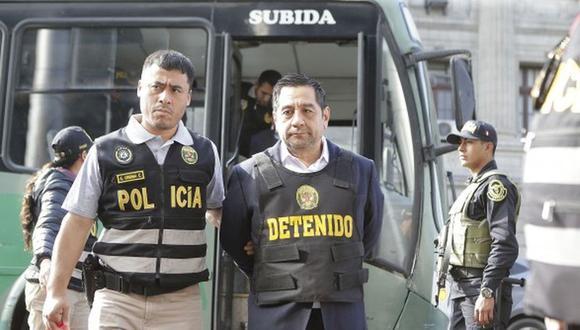 El hombre en las sombras. Cavassa Roncalla es sindicado de integrar la red criminal de Los Cuellos Blancos del Puerto.