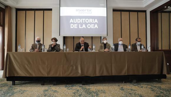 En conferencia de prensa, políticos de diversas agrupaciones políticas se pronunciaron sobre la coyuntura electoral. (photo.gec/ Renzo Salazar)