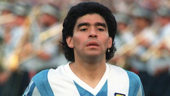 Pelusa, Barrilete cósmico, Pibe de Oro; son solo algunos de los apodos que tuvo el mejor jugador de fútbol de la historia (Foto: AFP)