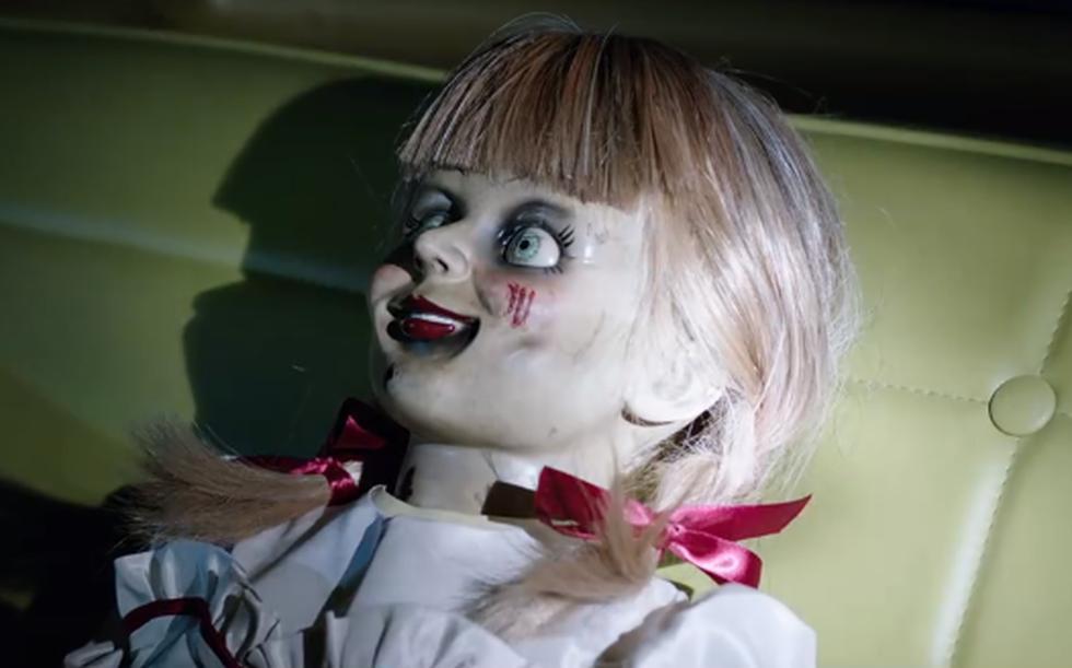 La terrorífica muñeca irá tras Judy, la hija de los Warren. (Foto: Captura de pantalla)