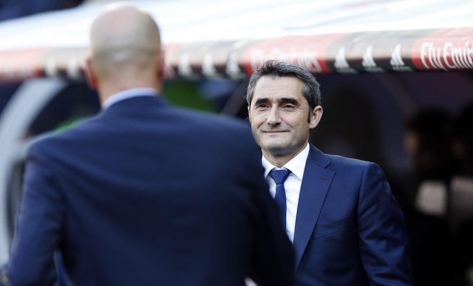 Valverde no considera el triunfo 'culé' como una victoria suya frente al francés Zinedine Zidane, técnico del Real Madrid. (AP)